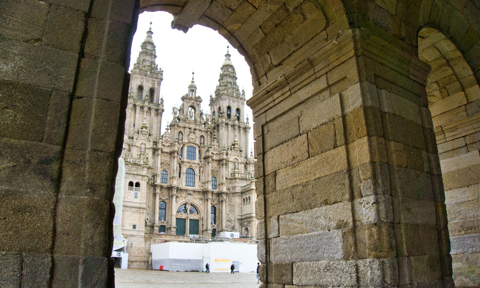 Катедралата-Свети-Яков-в-Сантяго-де-Компостела